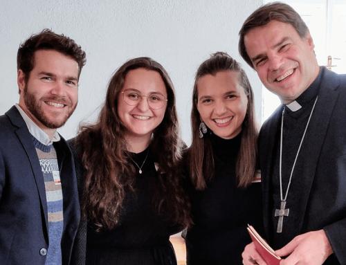 """Bischof Stefan Oster und die """"StartUp""""-Gemeinde"""